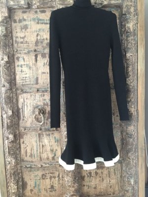 Alexander McQueen Knitted Dress black-white