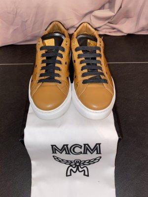 MCM Basket à lacet multicolore