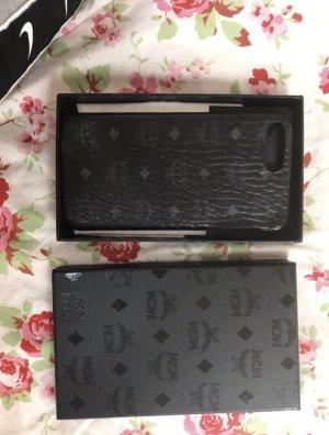 MCM Hoesje voor mobiele telefoons zwart