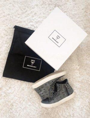 MCM Sneaker
