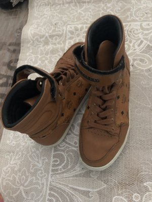 MCM Lace-Up Sneaker brown