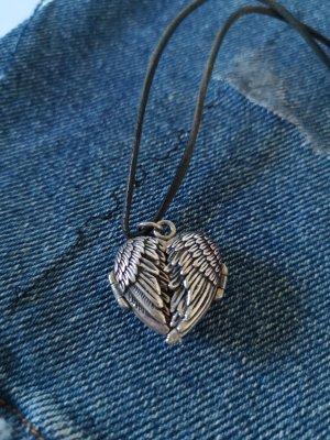 Medaillon Herz Flügel