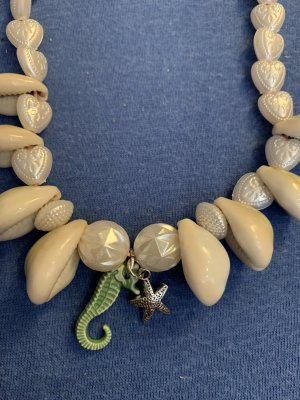Handmade Shell Necklace multicolored
