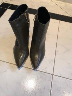 Mega Schuhe Gr 41Neupreis 92,95E