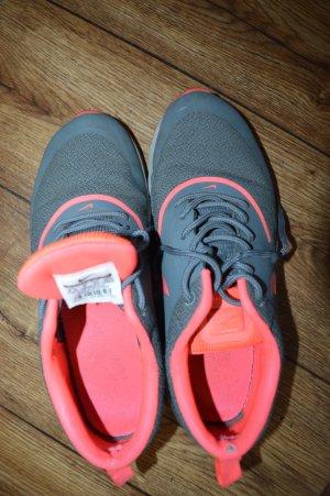 Meine Nike Laufschuhe Gr. 40