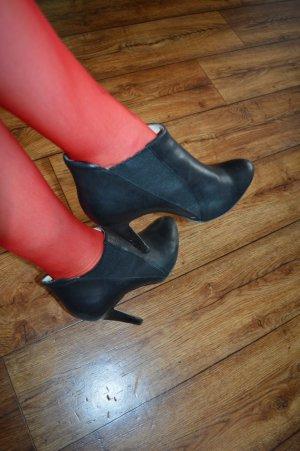 Meine schwarzen Buffalo Heels Stiefeletten Gr. 40