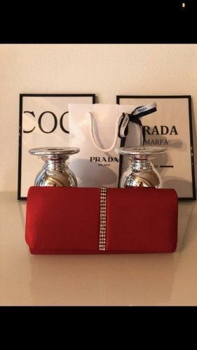 Menbur Clutch in Rot