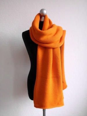 Gebreide sjaal oranje