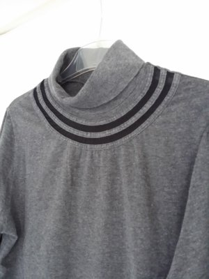 mey Top con colletto arrotolato grigio Cotone