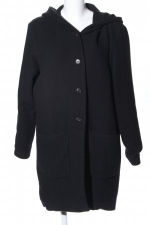 Mi&Co Abrigo con capucha negro look casual