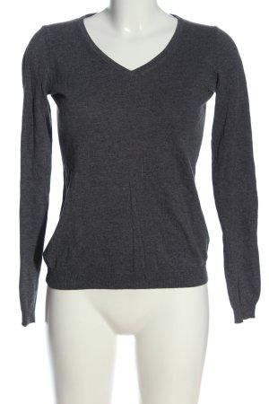 Mia V-Ausschnitt-Pullover