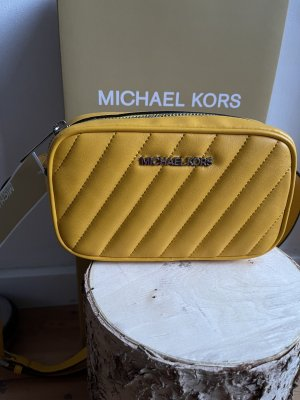 Michael Kors Buiktas geel