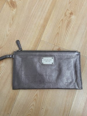 Michael Kors Clutch in Silber