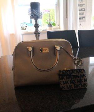 Michael Kors Handtasche und kleine Tasche