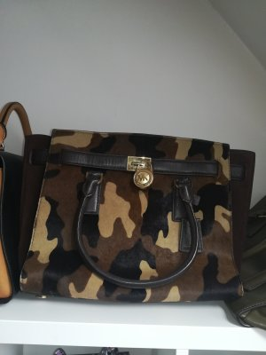 Michael Kors in Camouflage Felloptik