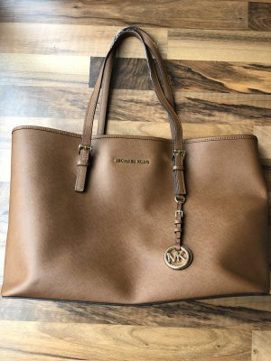 Michael Kors Jet Set Travel M Farbe camel / beige