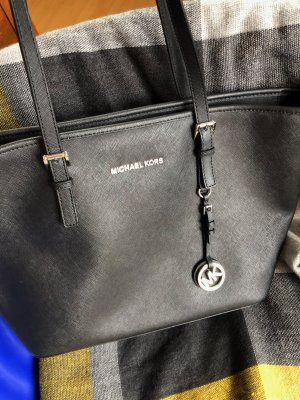 Michael Kors Jet Set Travel schwarz