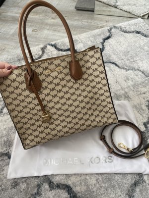 Michael Kors Mercer Signature