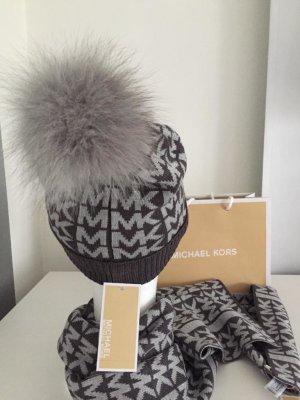 Michael Kors Mütze mit Echtfellbommel und Schal