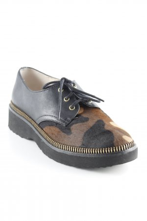 Michael Kors Oxfords camouflage pattern casual look
