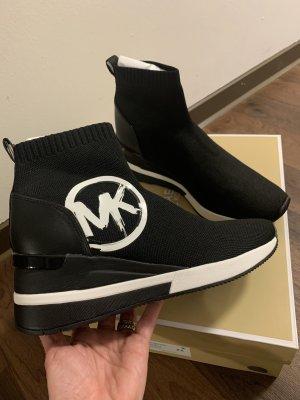Michael Kors Wedge Booties black-white