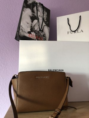 Michael Kors Selma Messenger MD Luggagne