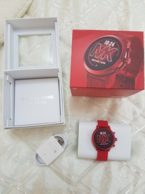 Michael Kors Fermoir de montre rouge