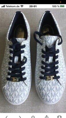 Michael Kors Sneaker stringata bianco-blu scuro