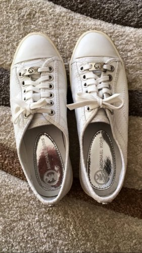 Michael Kors Sneakers in 27