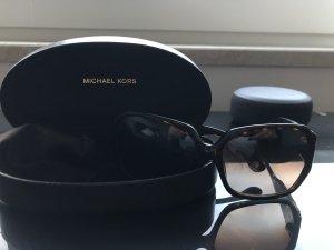 Michael Kors Ovale zonnebril zwart bruin