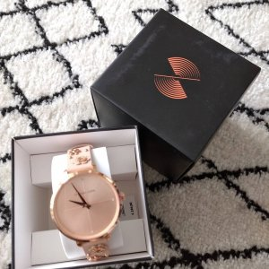 Michael Kors Watch With Leather Strap pink leather