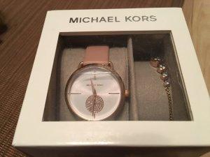 Michael Kors Uhr inklusive Armband Neu