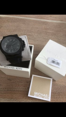 Michael Kors Analog Watch black