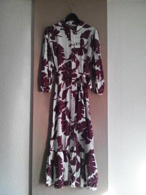Midi-Hemdblusenkleid mit Blätterprint und Gürtel aus 100% Viskose, Große S, neu