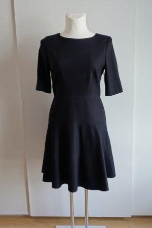 Midi-Kleid aus Wolle