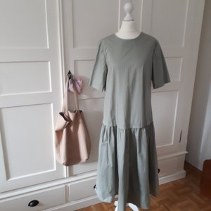 Reserved Midi Dress pale green cotton