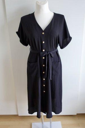 Midi-Kleid mit Holzknöpfen