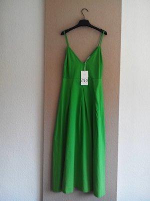 Midi Trägerkleid in hellgrün aus 100% Baumwolle, Größe 38, neu
