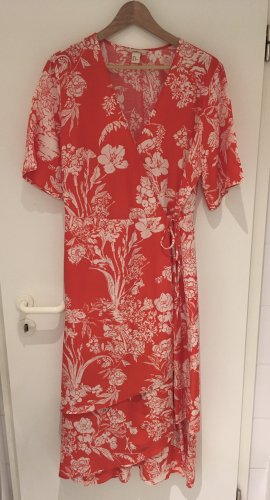 H&M Robe portefeuille rouge-blanc lyocell
