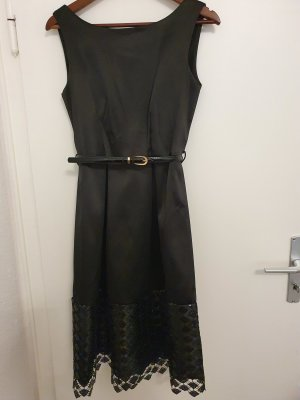 Closet Midi Dress black