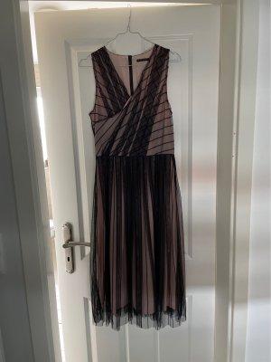 Sisley Vestido de cóctel negro-rosa