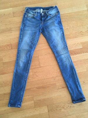 Midwaist Jeans eng