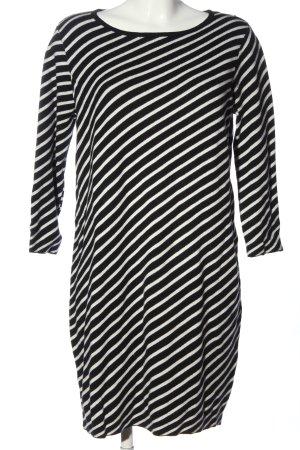 Milano Abito maglione nero-bianco stampa integrale stile casual