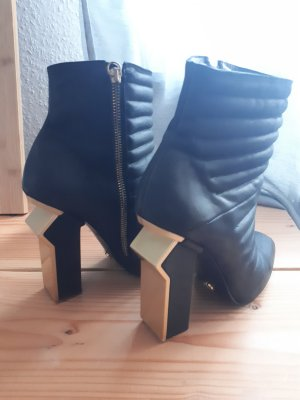 Mineli Cut Out Booties black