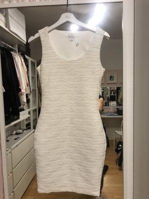 Mini kleid gesteift