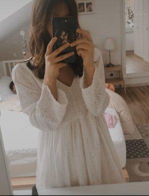 Mini Kleid  Spitzer Lochstickerei schleifen weiß Kleid von Zara Gr.Xs
