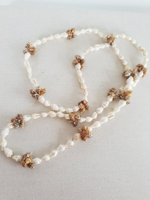 Shell Necklace oatmeal-light brown