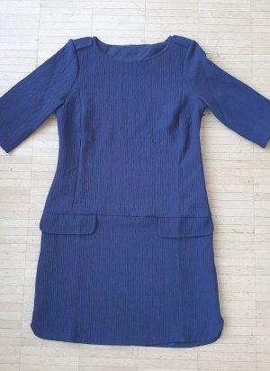Minikleid aus gekrepptem Stoff, Gr.38