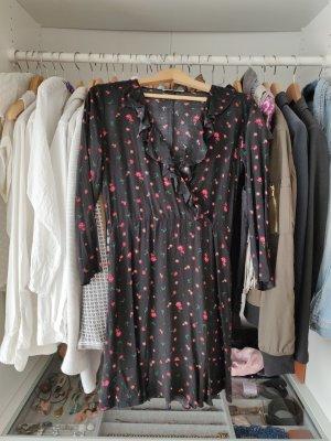 Minikleid Blümchenkleid Mango Rüschen Flower Dress Blogger