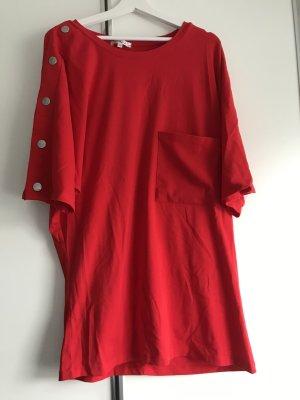 MiniKleid Fledermausärmel rot mit silbernen Druckknöpfen